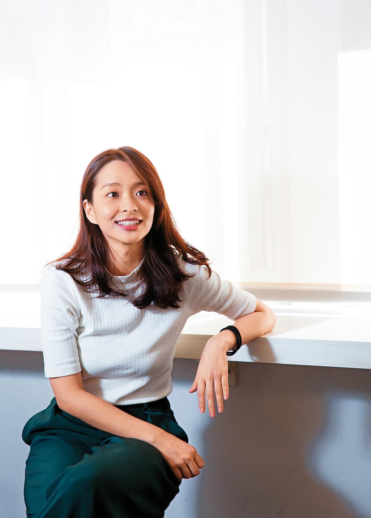 葉星辰是「Q place 」選出的24位新人之一,她形容王小棣就像是心靈導師,洞悉人心,還曾在老師課堂上不自覺淚流滿面。