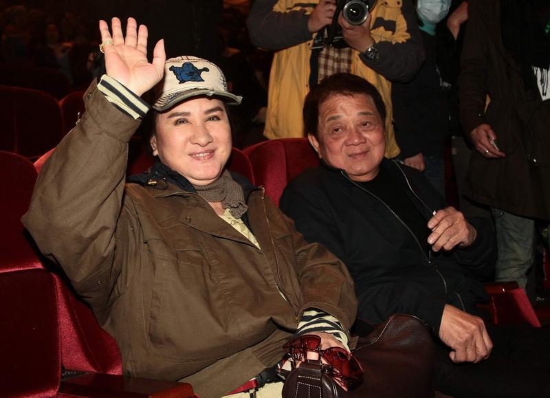 新光金大股東、歌仔戲天王楊麗花(左)的夫婿洪文棟(右)驚傳過世,此一消息也經新光金證實。(聯合知識庫)