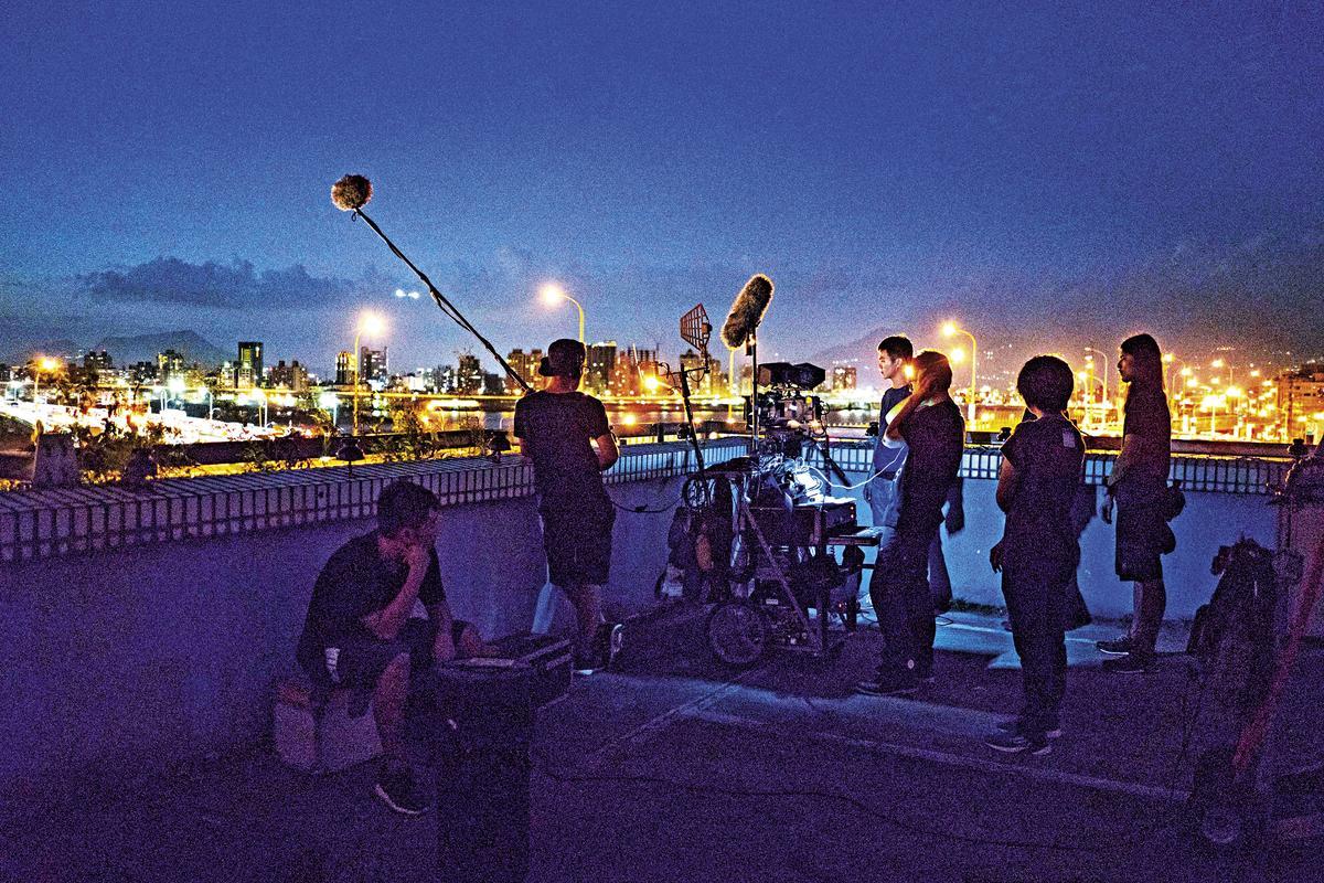 金馬電影學院的學員展開實地拍攝,學習拍片經驗。
