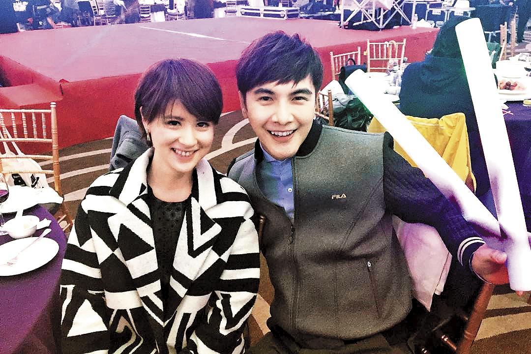 林予晞(左)跟謝佳見(右)曾是TVBS同門。林予晞曾說,她跟男星合作都不留下情分,如今真相終於揭曉。(翻攝自林予晞IG)