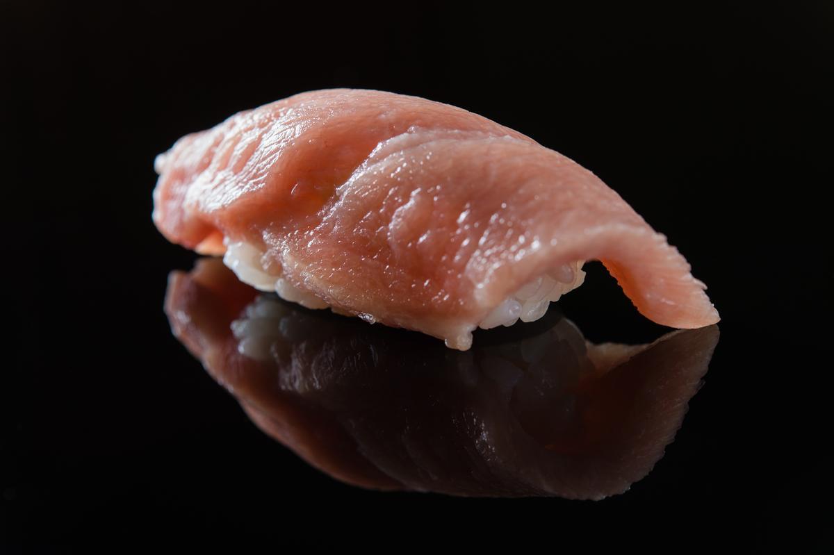 鮪魚大腹握壽司(午間套餐1,500元)