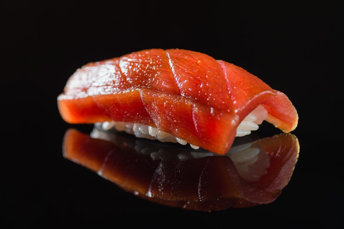 鮪魚赤身握壽司(午間套餐1,500元)