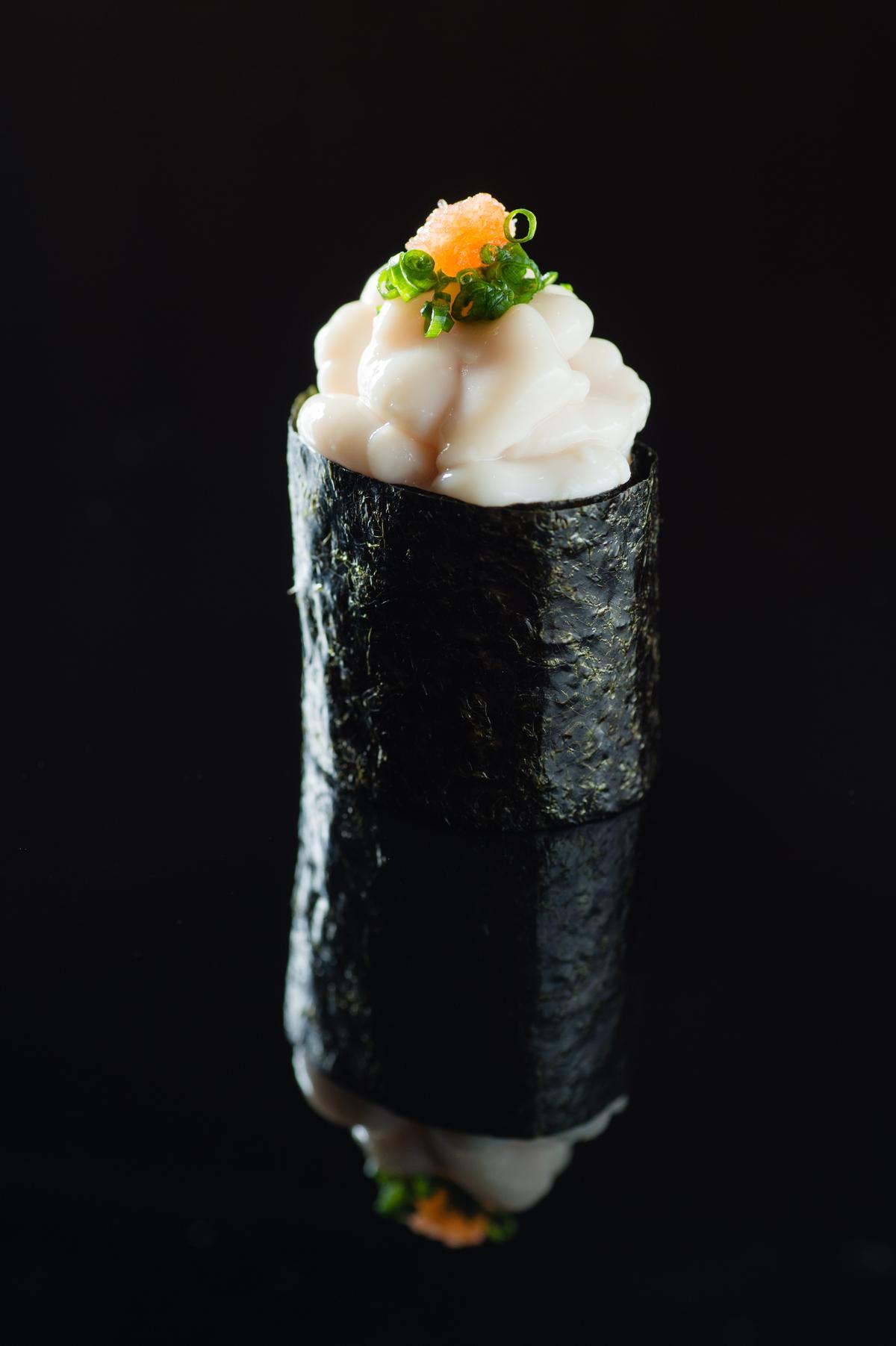 鱈魚白子軍艦卷(午間套餐1,500元)