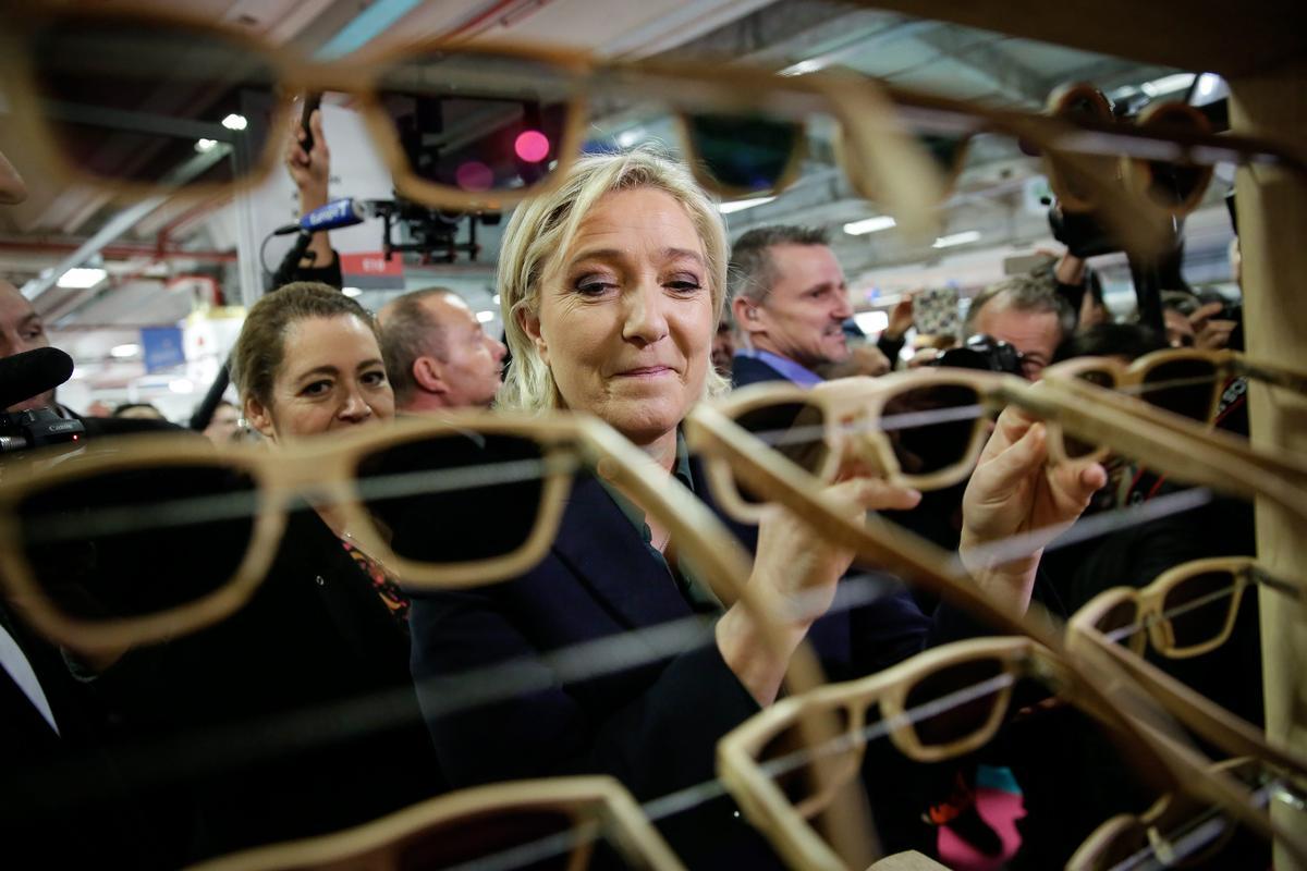 法國2017年將舉行總統大選,反移民、反伊斯蘭、反對接納難民的極右派國民陣線領導人瑪琳勒朋可望進入第二輪決選。(東方IC)