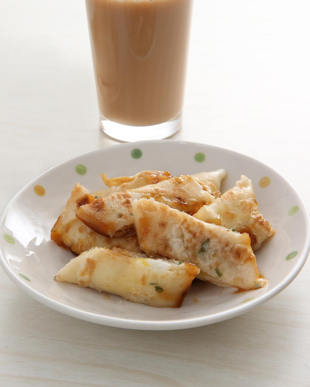 巨林美而美原味蛋餅保有蛋香與餅皮香氣,放冷吃也美味,榮登蛋餅品項第1名。(15元)