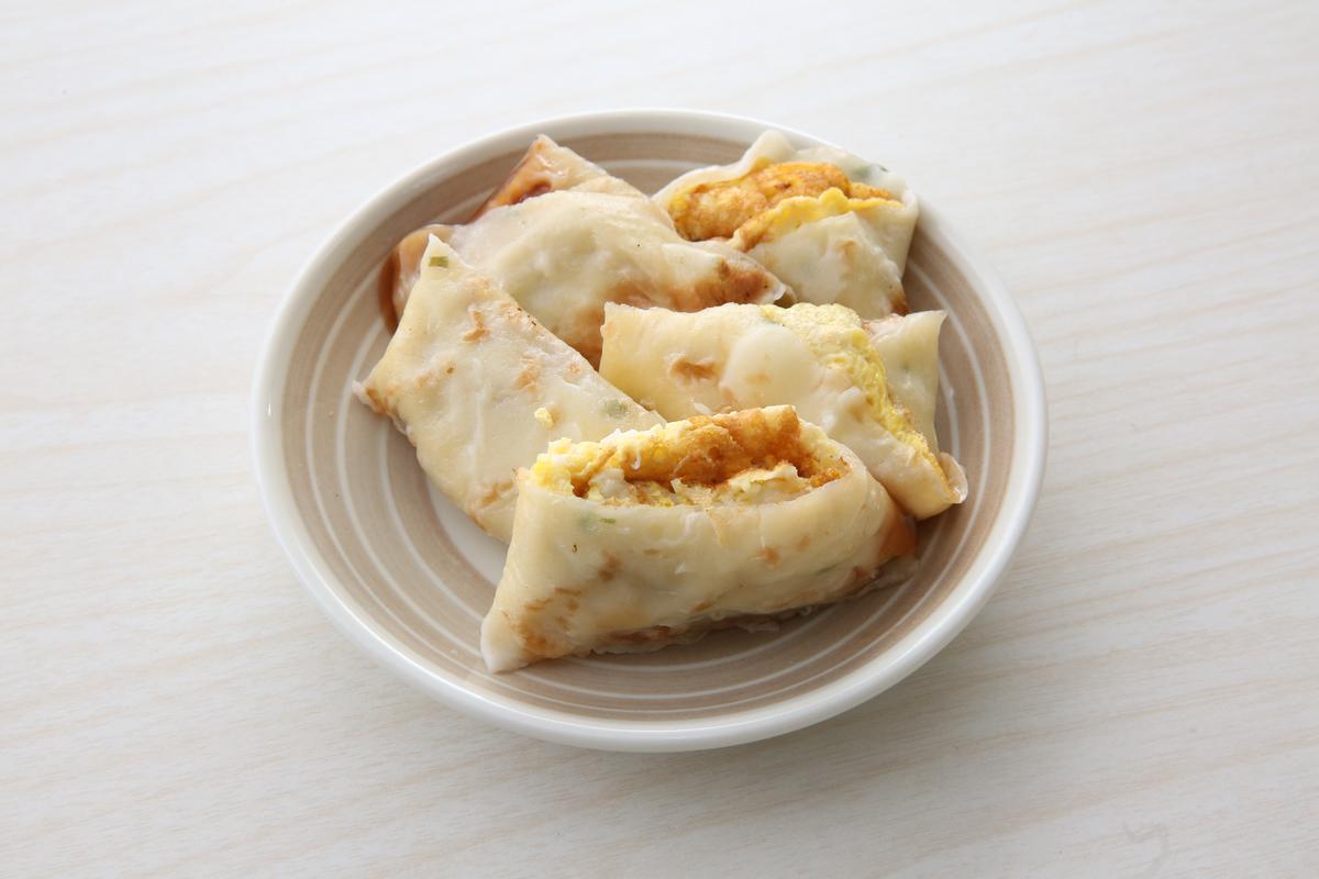 早安!美芝城原味蛋餅吃得到蛋的香氣,榮登蛋餅品項第3名。(20元)