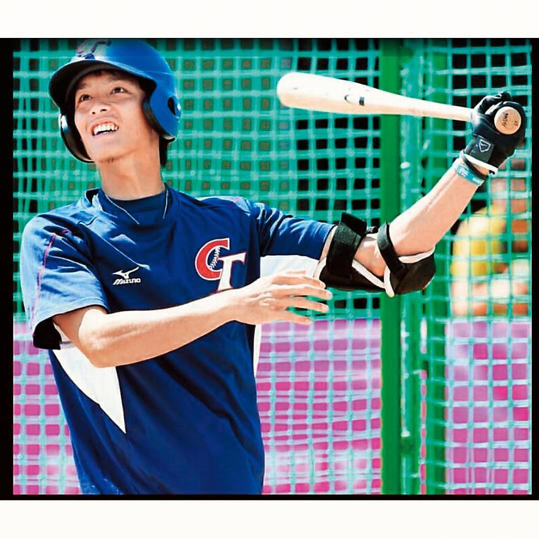 曹佑寧熱愛棒球,2014年還入選第一屆U-21世界盃棒球賽中華代表隊選手。(翻攝自曹佑寧Instagram)