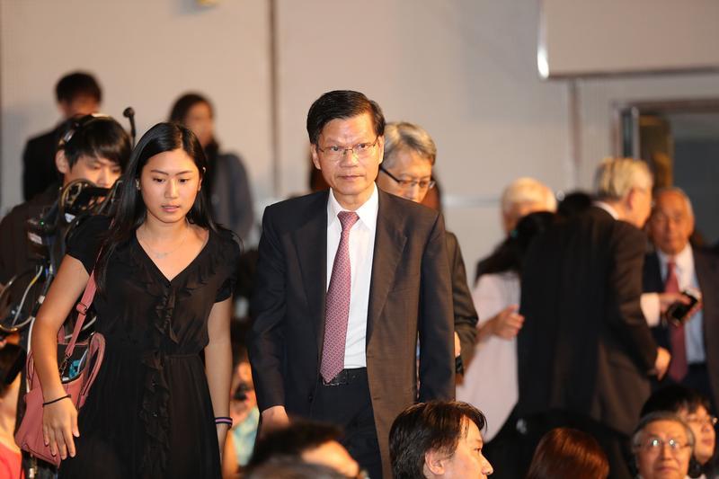 翁啟惠捲入浩鼎案,成為台灣史上首位遭起訴的中研院院長。