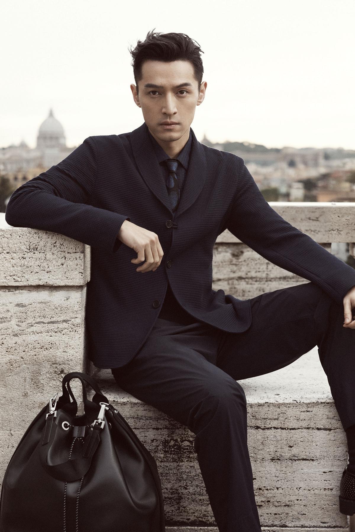 胡歌擔任EMPORIO ARMANI大中華區及亞太區全新形象代言人,將演繹成衣及眼鏡系列。
