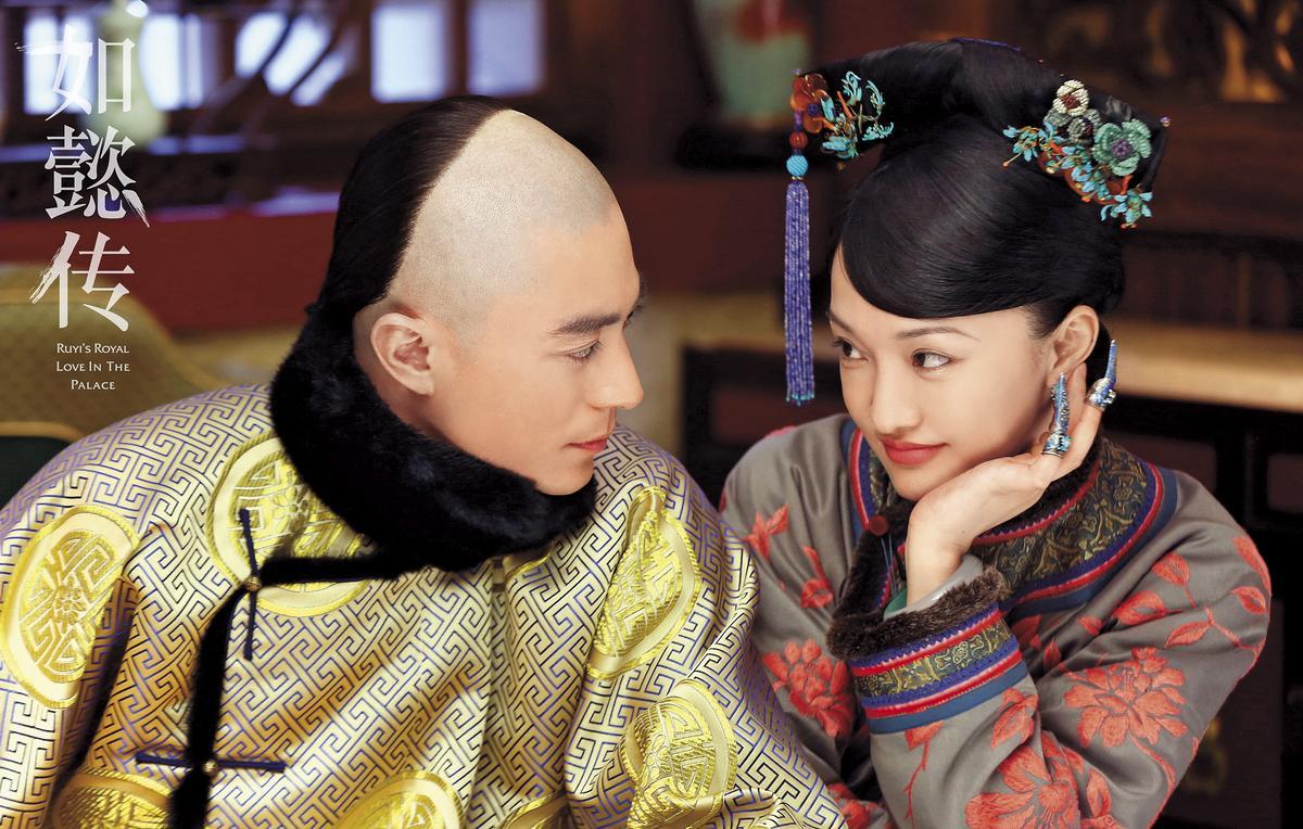 霍建華(左)、周迅主演的《如懿傳》是今年最被期待的IP劇,單集版權費高達人民幣300萬元。(東方IC)
