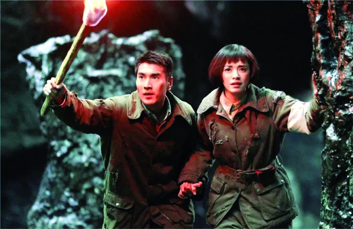趙又廷(左)和姚晨主演的電影《九層妖塔》,被作者天下霸唱提告侵犯署名和著作權。(翻攝自微博)