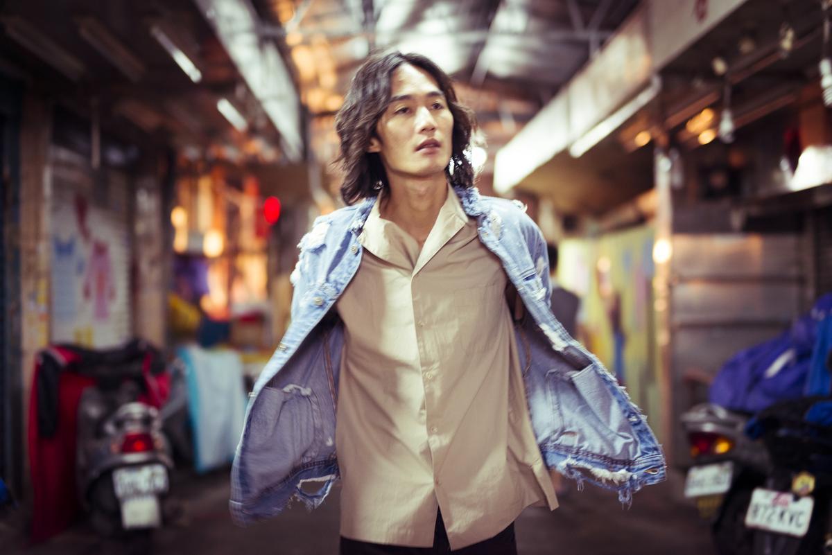 李英宏寫下對台北的感觸引發共鳴,〈台北直直撞〉撞出佳績。