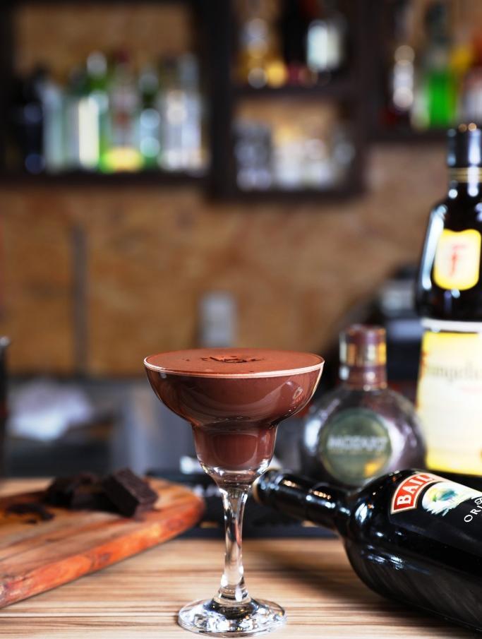 奶酒香甜,可可濃郁,「濃情巧克力」很受女性歡迎。(250元/杯)