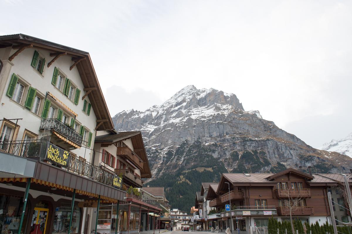 這兒有保留完整的木造建築,被台灣旅客稱為「瑞士版合掌村」。