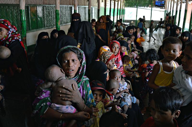 羅興亞人被稱為全世界最受迫害的族群。圖為逃至孟加拉的羅興亞難民,如今孟加拉也想把他們趕走。(東方IC)