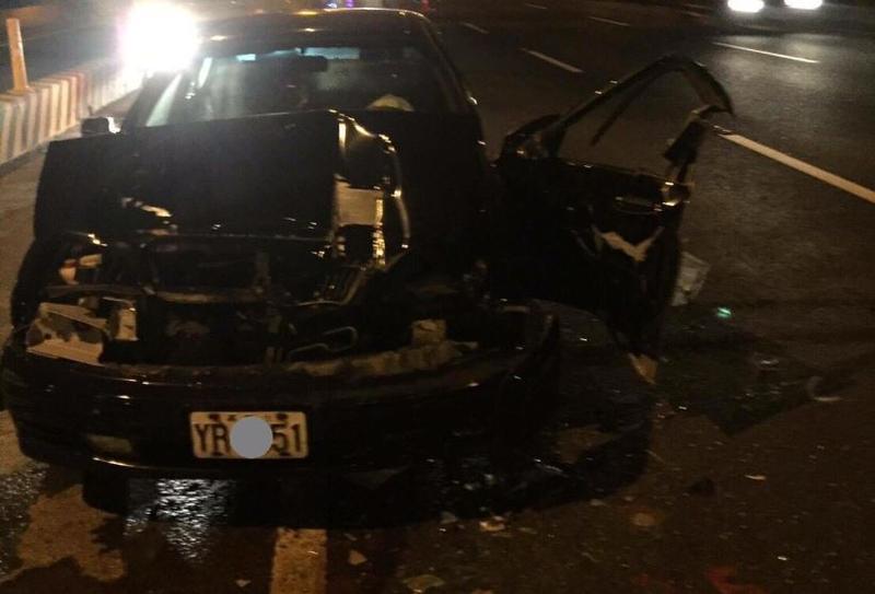 台中鄭姓員警休假酒駕開車上高速公路,引發連環車禍。