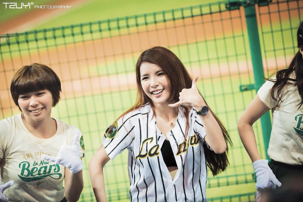蘇心甯曾是職棒啦啦隊員,因此有了Lala 的暱稱。(翻攝自蘇心甯臉書)