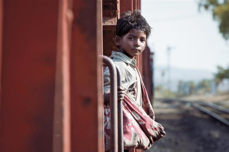 天才童星桑尼帕瓦在《漫漫回家路》中嶄露頭角。