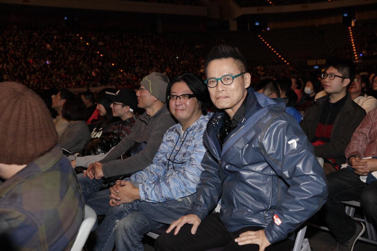 袁惟仁以音樂總監身份出席演唱會,在台下和羅大佑成為焦點人物。