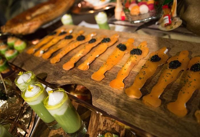 每年官方晚宴一定要有的「奧斯卡燻鮭魚」。