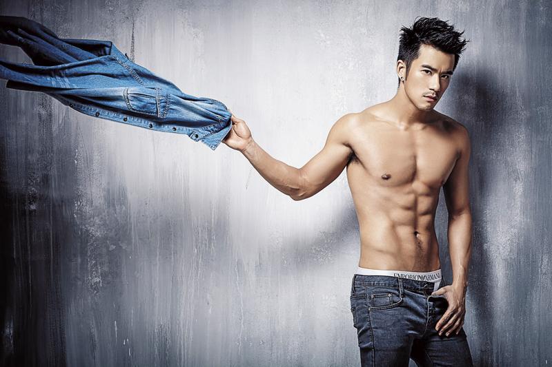 JR紀言愷在《紅樓夢》中飾演男版薛寶釵。