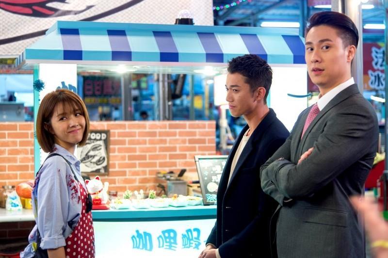 邵雨薇和吳慷仁(右2)在新戲中有精彩對手戲。