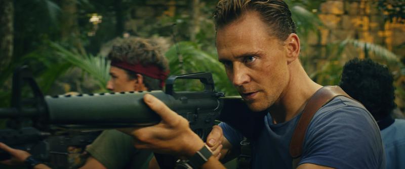 湯姆希德斯頓(Tom Hiddleston)在《金剛》中魅力四射。
