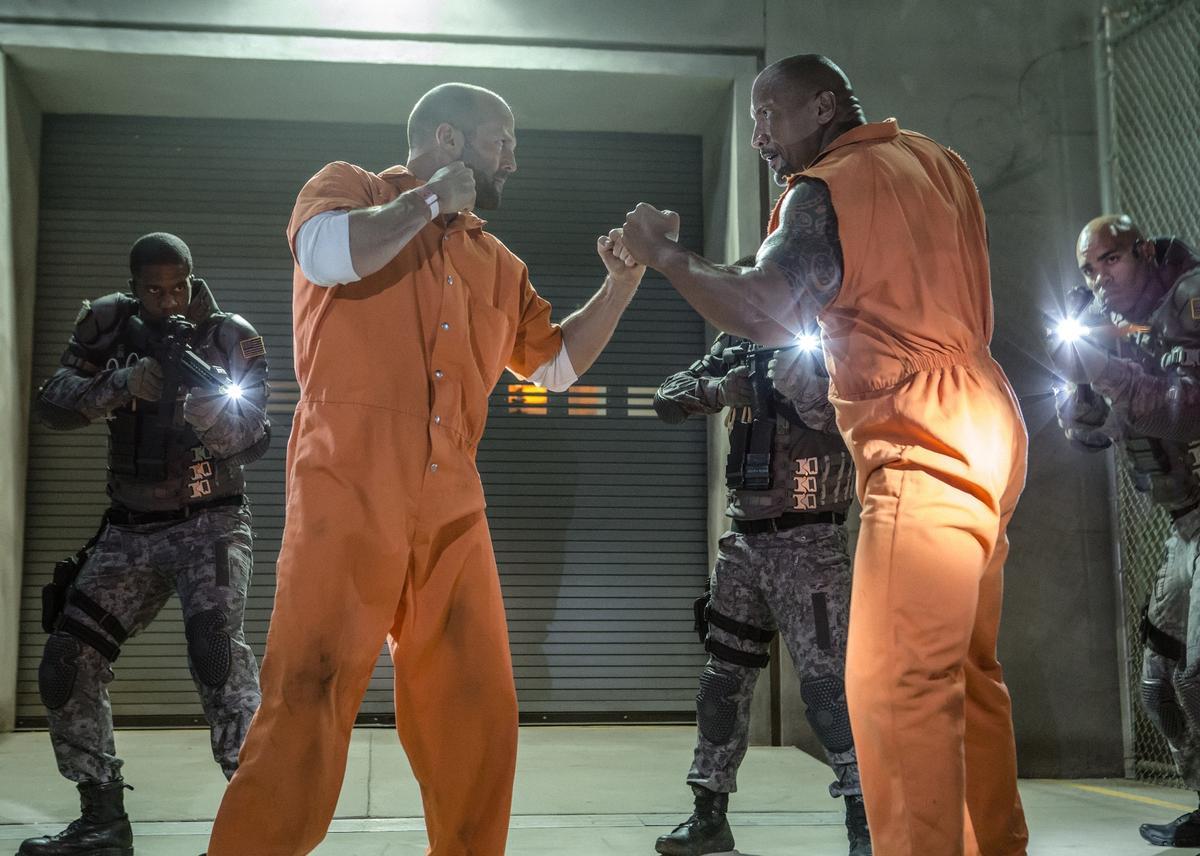 《玩命關頭7》的反派戴克蕭,這次被放出監牢,與他人一同追捕唐老大。