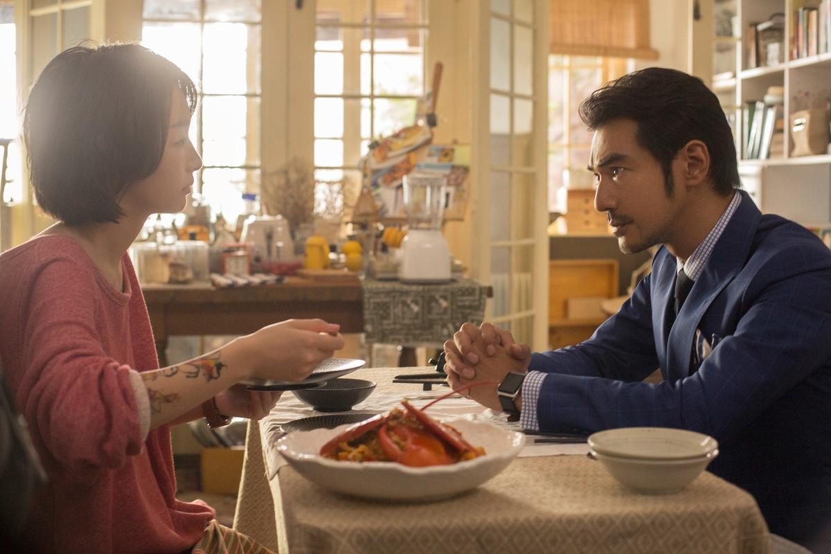 金城武與金馬獎新科影后周冬雨首度合作電影《喜歡你》。