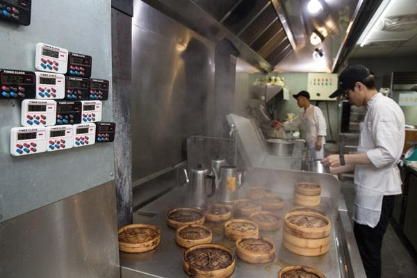 寧可相信科學儀器,也不要相信人的直覺,是林志成認為的做菜關鍵。
