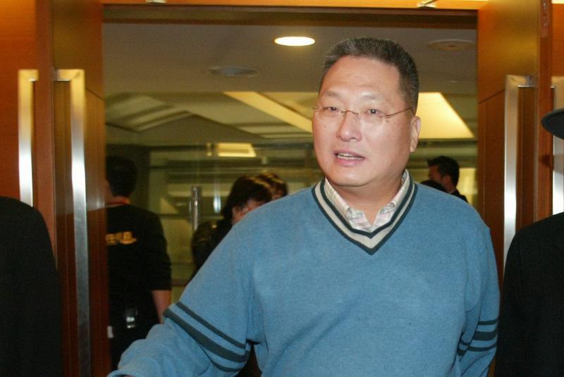 王令麟積極想購回東森電視股權,提告要求讓他優先出價。