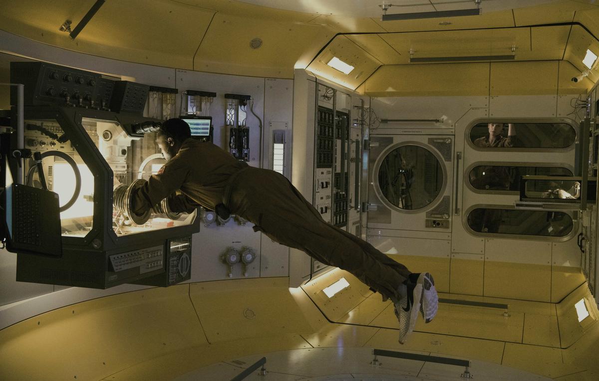 《異星智慧》有著科幻片的外衣,但內容是精心鋪陳的恐怖片橋段。索尼影業