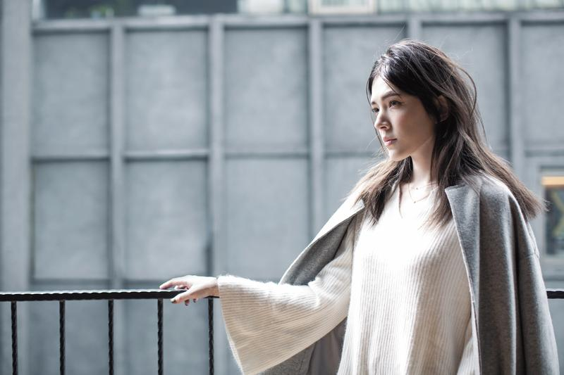 許瑋甯是標準的外冷內熱,媒體眼前美麗沉靜,私底下說話常不經大腦,愛面子又不服輸。