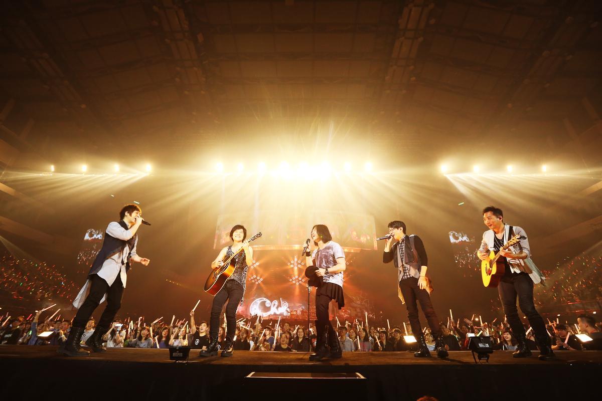 才剛在高雄舉辦完「人生無限公司」演唱會,五月天即刻宣布台北開唱,唱五迷情緒沸騰。