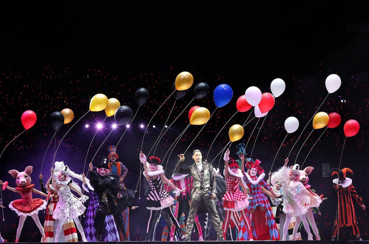 張學友演唱會挑戰戶外場地,惠州場擠進四萬人觀賞。