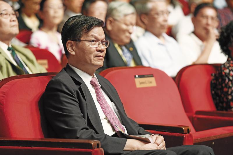 中研院前院長翁啟惠薪資等級,應該是屬於特聘研究員中最高等級的待遇。