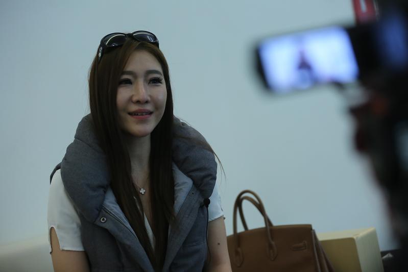 賴慕禎今年34歲,她因捲入毒品案,曾入獄服刑2年。