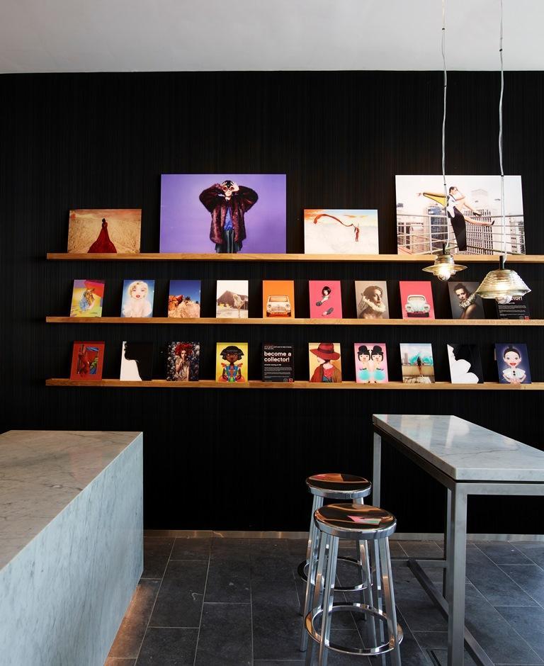 citizenM在世界各城市的酒店引進許多當地的藝術設計作品。