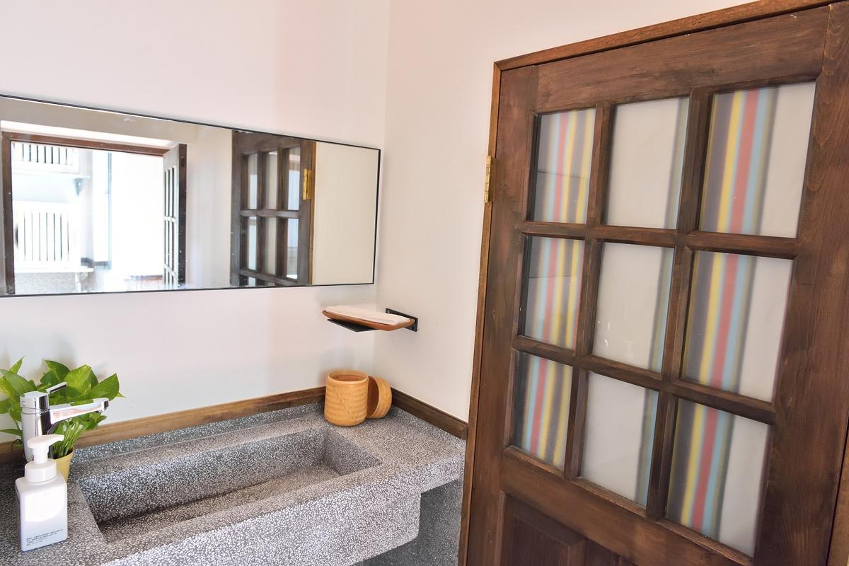 Originn Space找來老師傅,做出復古洗石子浴缸。(攝影:林志陽)