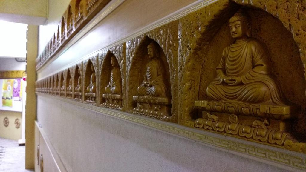 方保芳的兒子將診所原址轉作「菩提佛教圖書館」。