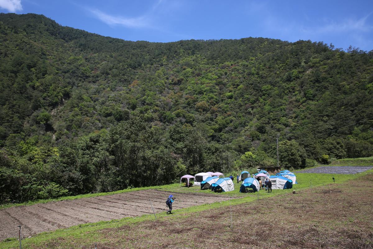 山林祕境,深山之中的夢幻營地。