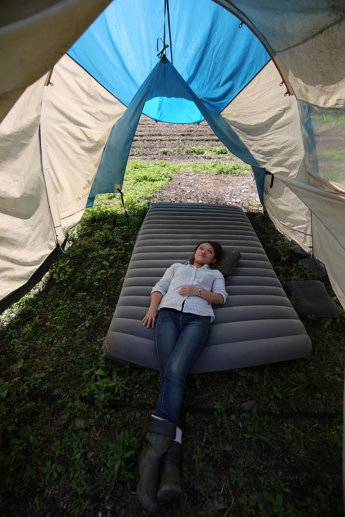 躺在營帳之中超級愜意。