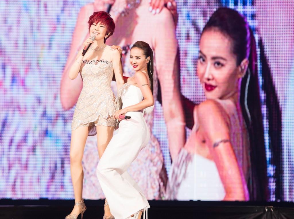 當年蔡依林在二姐江蕙的告別演唱會上,除了是焦點,還是「笑點」。