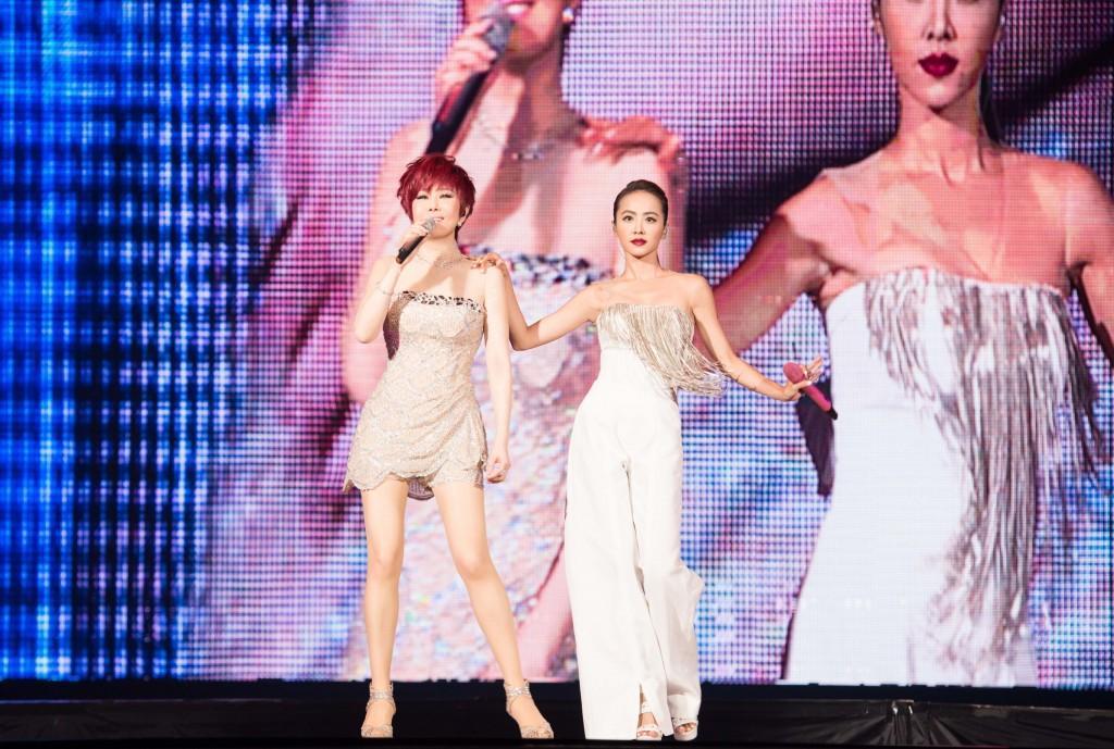 江蕙的告別演唱會,邀來張惠妹、小S各個都是天后級,蔡依林也是其中一「后」。