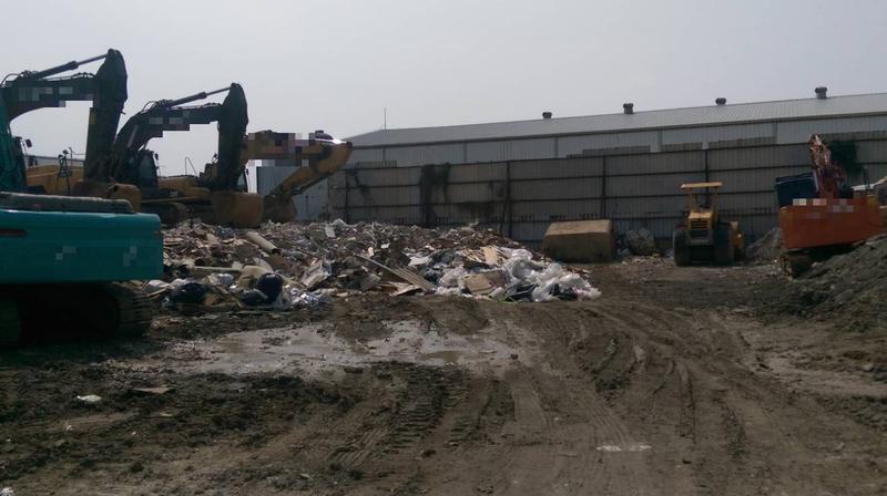 台中偏僻一帶去年十月時,被不肖業者連續傾倒九次廢棄物。