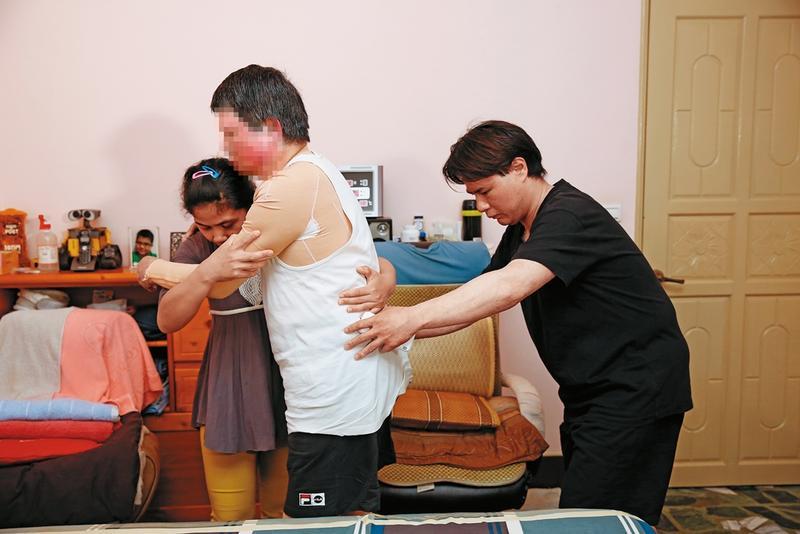 蔡家父子在國防部忠愛營區的爆炸案中身心受創甚深,也必須面對一輩子的陰影。