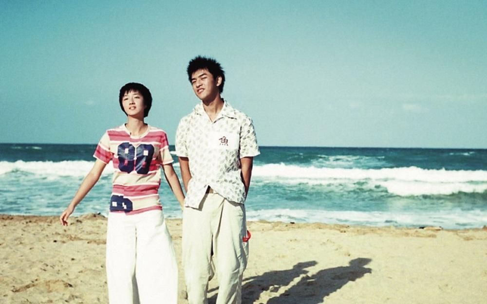 桂綸鎂與陳柏霖演出的《藍色大門》,至今仍是青春片經典。(翻攝自網路)