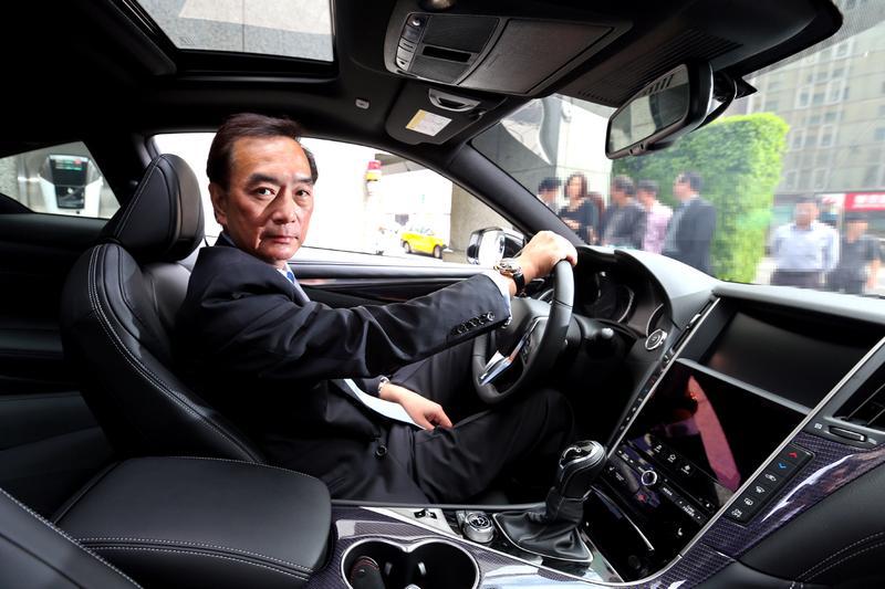 嚴凱泰生前帶領的裕隆集團,旗下銷售多個品牌,去年專訪時他開著裕日車代理、剛在台灣發表的Infiniti Q60到現場。