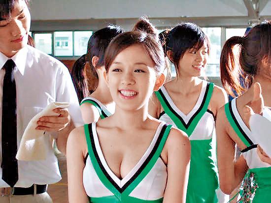 林彥君2008年以玩票性質拍攝《青木瓜四物飲》廣告,獲得極大的迴響,成功打開知名度。(翻攝自網路)