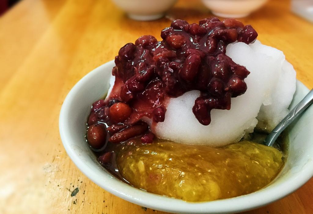 自製紅豆綿密鬆甜,讓粳粽冰風味更上一層。(50元/雙粽冰加料)